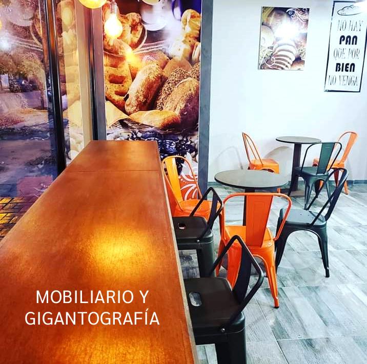 Mobiliario y gigantografía para local comercial